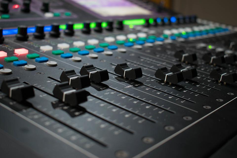 Ingénierie du son : Est-ce amusant ou ennuyeux de produire de la musique ?